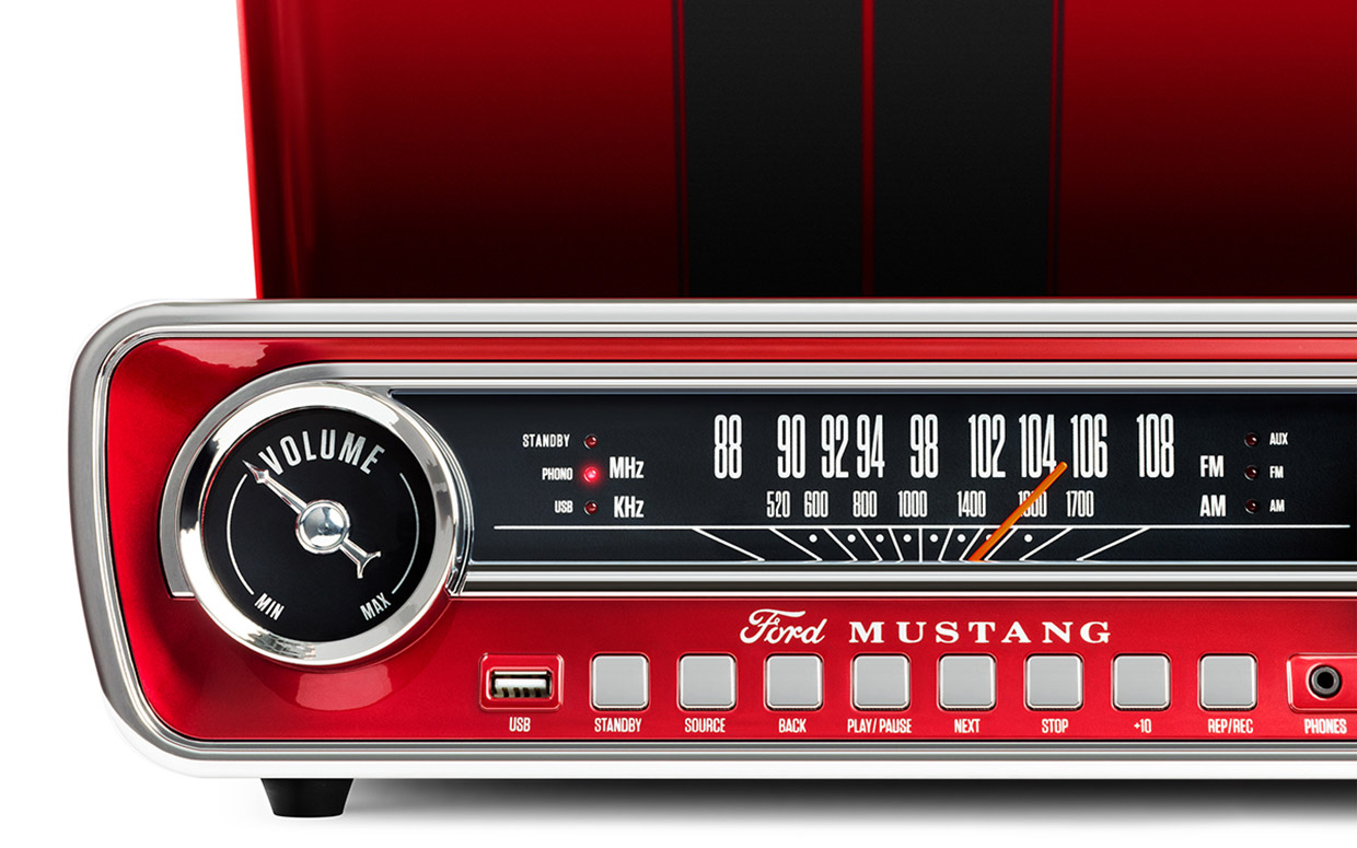 A Turntable And Radio For Classic Mustang Fans 95 Octane