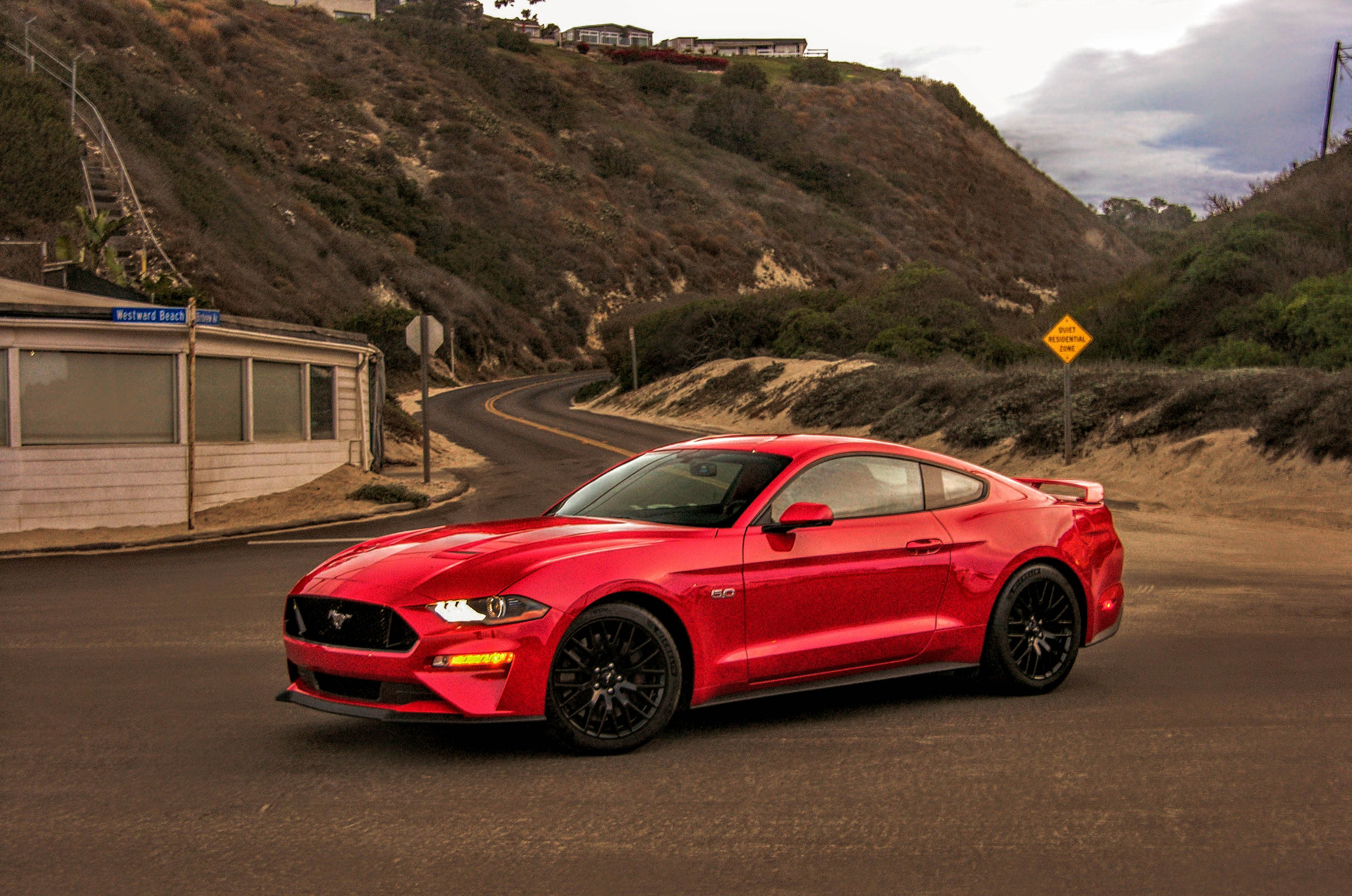 2018 ford mustang gt review california screamin 39 95 octane. Black Bedroom Furniture Sets. Home Design Ideas