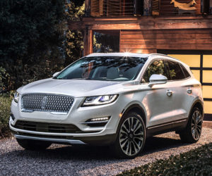 2019 Lincoln MKC Gets Refined New Looks