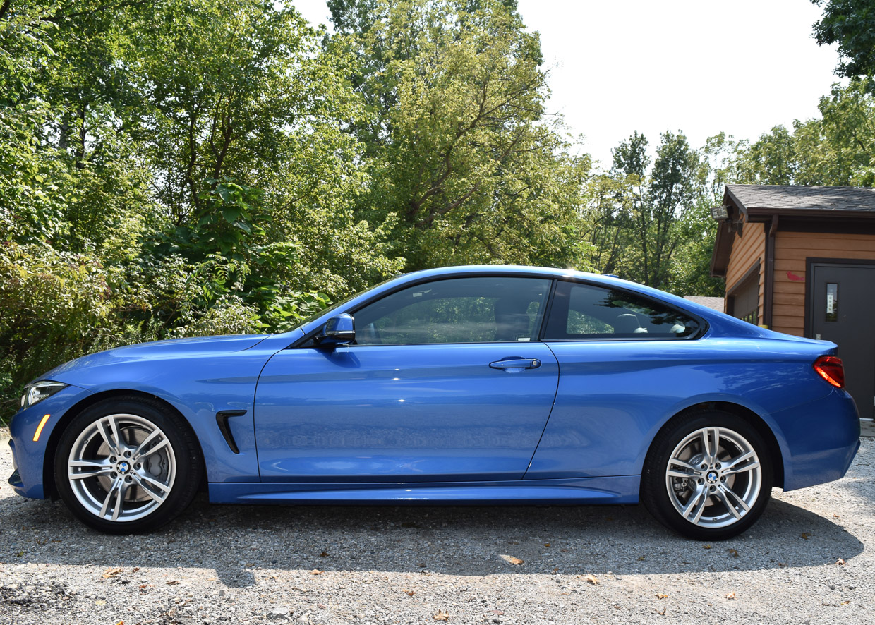 The Bmw 440i Is A Small Turbocharged Coupe 4 Series Also Available As Sedan But Just Looks Sportier And More Stylish Two Door If You