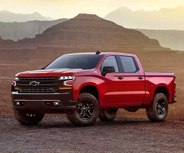 New 2019 Chevrolet Silverado Drops in