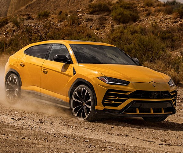Lamborghini Urus SUV Packs an Insane 650 hp, Goes On or Off Road