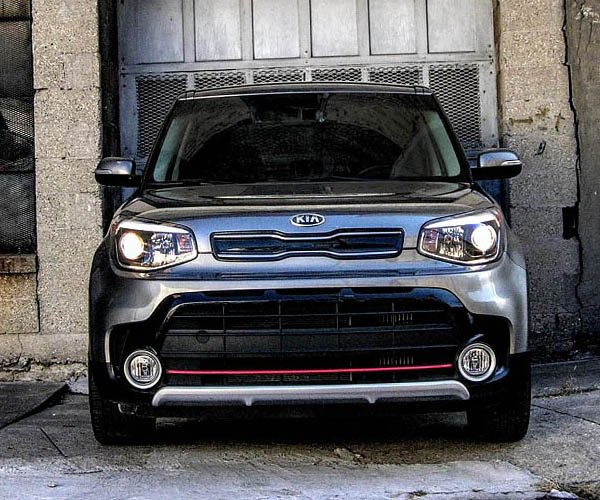 2018 Kia Soul Turbo Review: Tiny Tremors and Animalistic Behavior