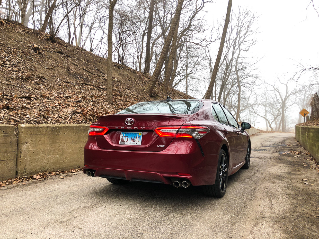 Combined With A Reasonable Curb Weight Of 3 572 Pounds The 2018 V6 Camry Is More Ful And Weighs Less Than Mustang Gt Did Just Decade Ago