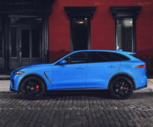 Jaguar Stuffs Its Supercharged V8 into the F-PACE SVR