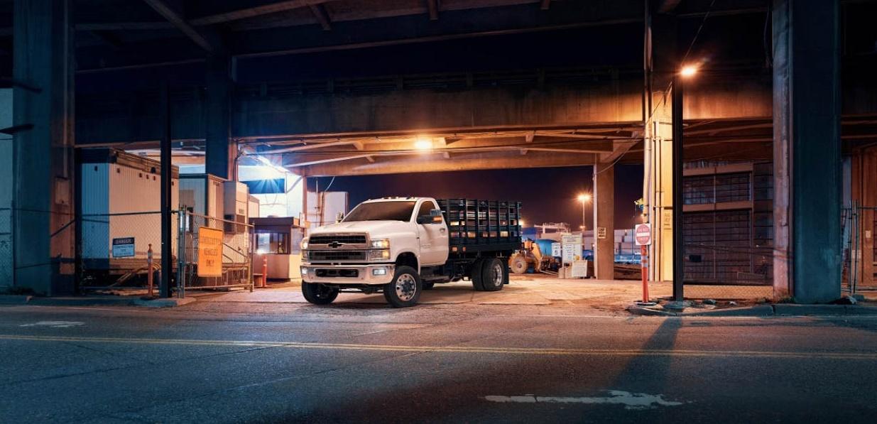 HD Black Bow Tie Affair: Chevy Silverado 4, 5, and 6 Class Trucks