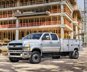 HD Black Bow Tie Affair: Chevy Silverado 4, 5, and 6 Class Trucks