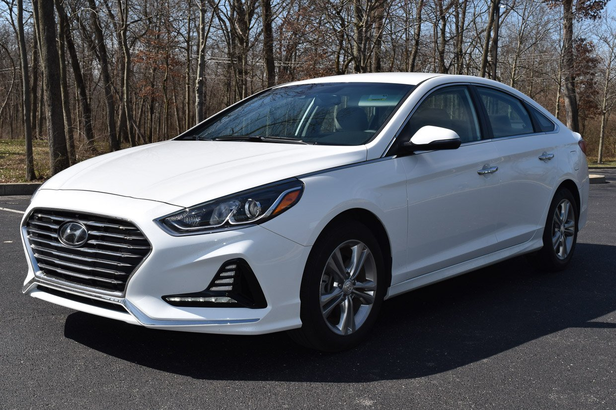 2018 Hyundai Sonata SEL Review: Master of the Mid-size