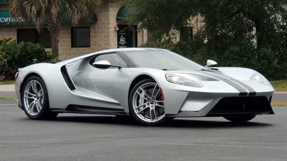 2017 Ford GT Fetches 4 Times List Price at Auction