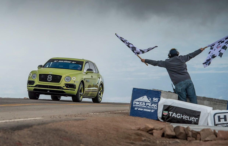 Bentley Bentayga Grabs SUV Class Record at Pikes Peak