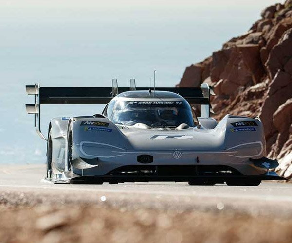 VW I.D. R Pikes Peak Crushes Overall Record