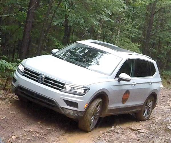 2018 Volkswagen Tiguan Is a Surprisingly Good Off-road SUV