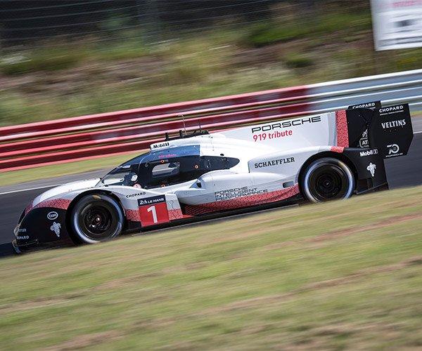 Nürburgring Record Time Crushed by Porsche 919 Hybrid Evo