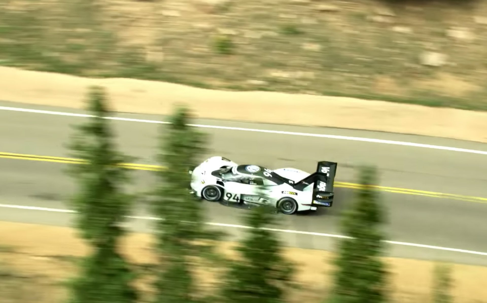 watch vw 39 s pikes peak record climb from the skies above 95 octane. Black Bedroom Furniture Sets. Home Design Ideas