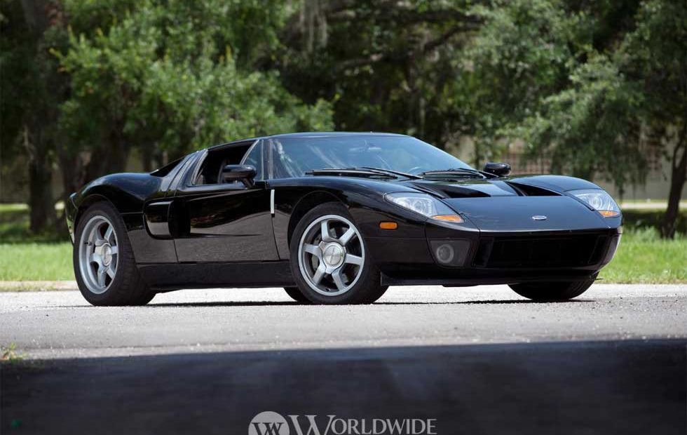 Ford Ford Auction >> 200 Mph 2005 Ford Gt Prototype Sold At Auction