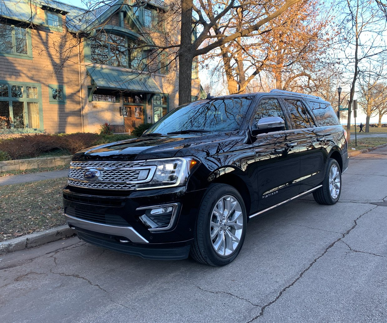 Ford Expediton: 2018 Ford Expedition Max Platinum Review: Supersize SUV
