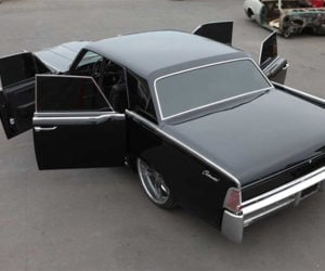 Lincoln Taunts '60s Continental Fans with the Return of Suicide Doors