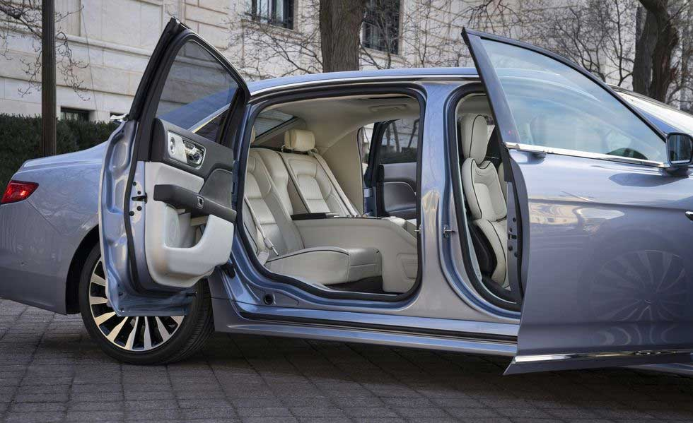 2019 Lincoln Continental Coach Door Edition Revealed