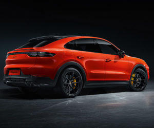 2020 Porsche Cayenne Coupe Swaps Space for Style