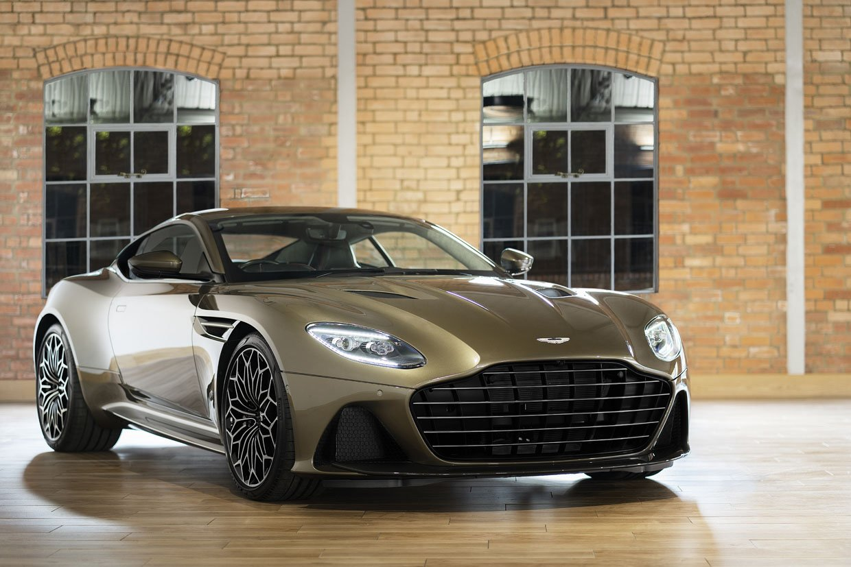 On Her Majesty's Secret Service DBS Superleggera: License to Drive