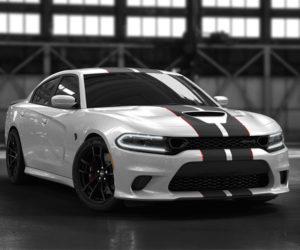 Dodge Charger SRT Hellcat Octane Edition Is a Black or White Beast