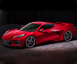 2020 Corvette Stingray Is Officially a Mid-Engined Monster