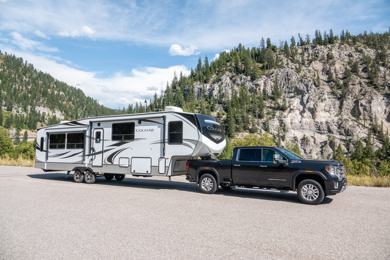 2020 GMC Sierra HD: The Towing King of the Road