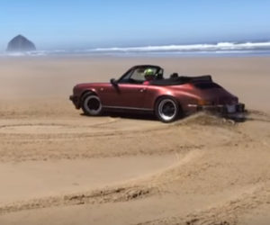 Watch a Porsche 911 Do Sand Donuts