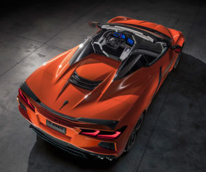 2020 Chevy Corvette Convertible Seamlessly Drops Its Top