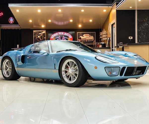 Gorgeous 1965 Ford GT40 Replica by Active Power Cars for Sale