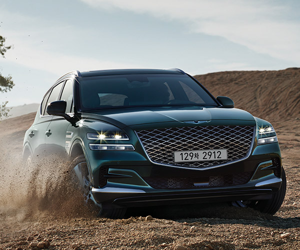 2021 Genesis GV80 SUV Debuts