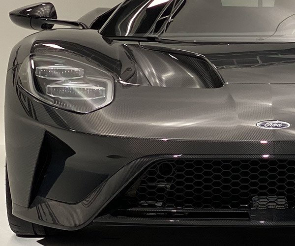 2020 Ford GT Liquid Carbon Edition Close-up Photo Gallery