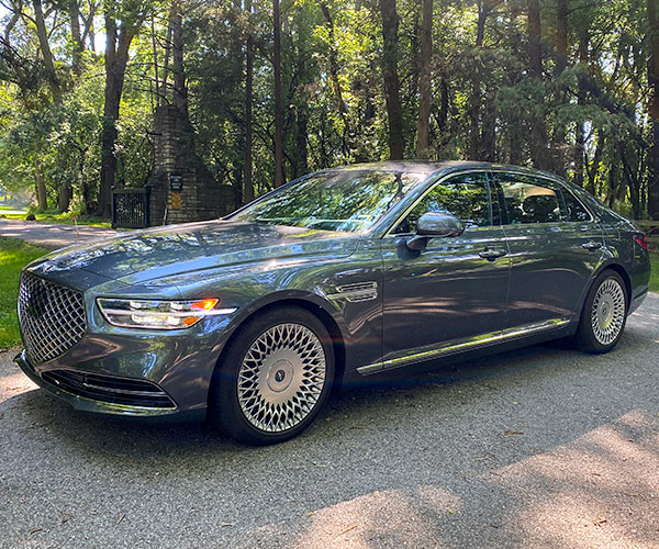 2020 Genesis G90 3.3T Premium Review: Grand Lux, Korean Style