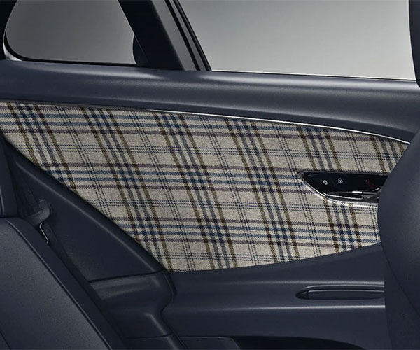 Bentley Offers Tweed Interior Options for a Traditional British Look