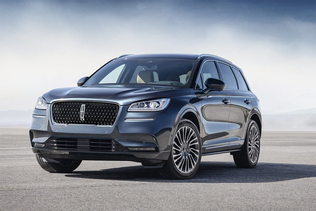Electric Lincoln Corsair Rumored to Debut in 2026
