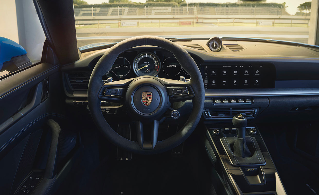 Americans Overwhelmingly Prefer the Manual in the Porsche 911 GT3
