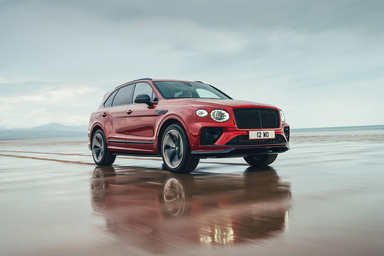 Bentley Bentayga S Makes 542 Horsepower with a 180 mph Top Speed