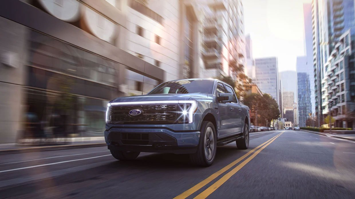 2022 Ford F-150 Lightning Electric Pickup Has 563 Horsepower and 300 Mile Range