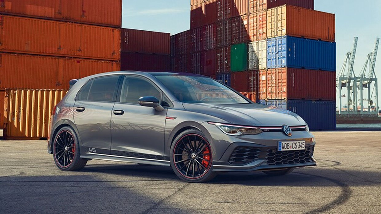 Volkswagen Golf GTI Clubsport 45 Is a Europe-only Hotter Hatch