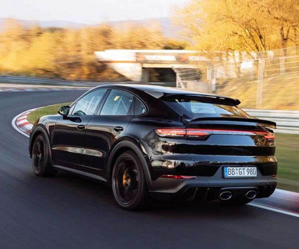Watch a Porsche Cayenne Destroy a Nürburgring Lap Record