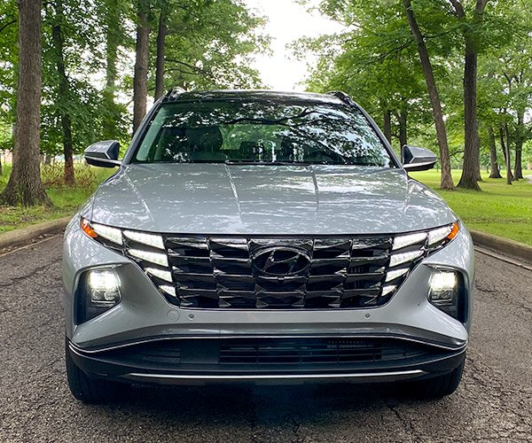 2022 Hyundai Tucson Hybrid Review: Upping the Compact SUV Game Again