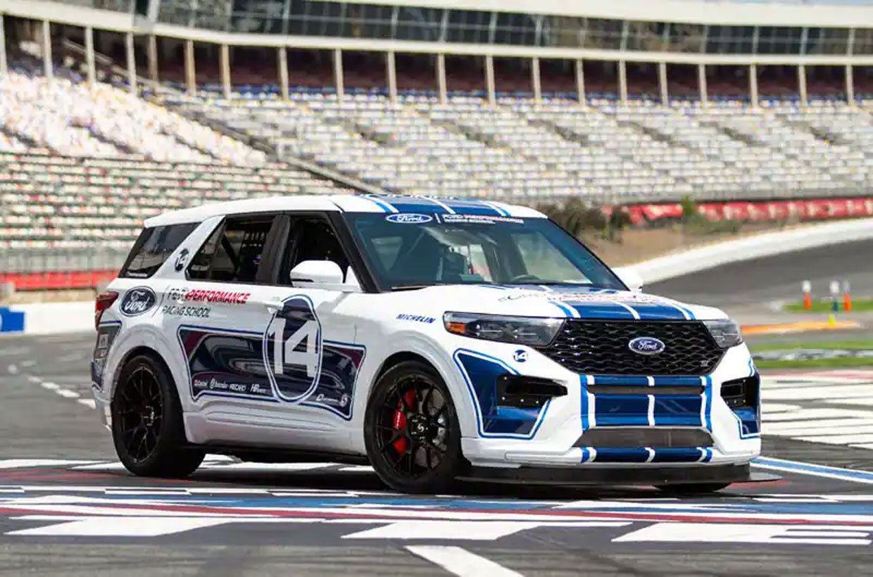Track-ready Ford Explorer ST to Debut at the Woodward Dream Cruise