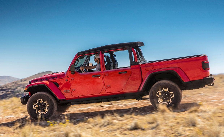 Jeep Gladiator Dual-Door Option Brings Half Doors to Jeep's Truck